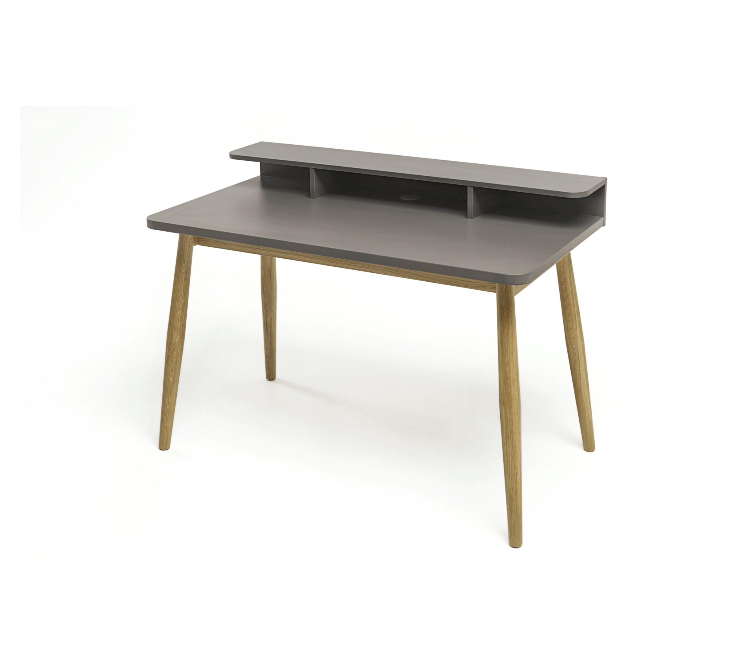 198005040014 Farsta Desk 01
